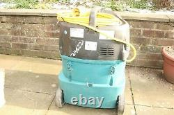 Makita 447M 110v 32A Wet & Dry M Class Vacuum Dust Extractor with Hose