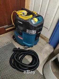 Makita 447M 110v Wet & Dry Vacuum Dust Extractor Vac control hose M class hoover